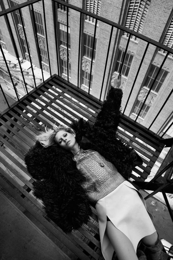 Vogue-UK-August-2013.11